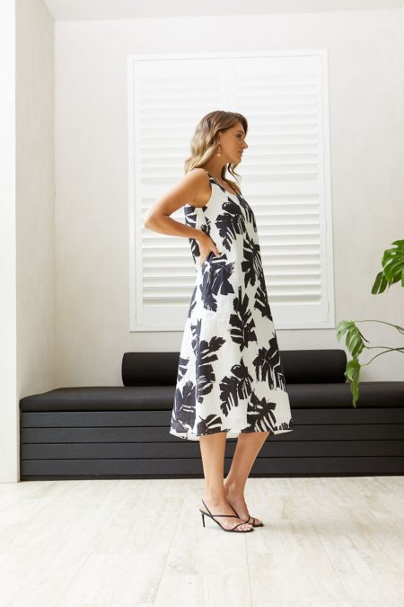 Ping Pong Sleeveless Mono Palm Print Dress